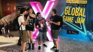 Jovens durante o Global Game Jam.