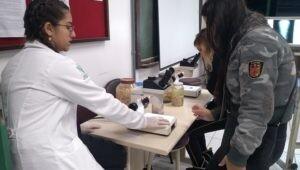 estudantes_conhecem_laboratorio_de_anatomia