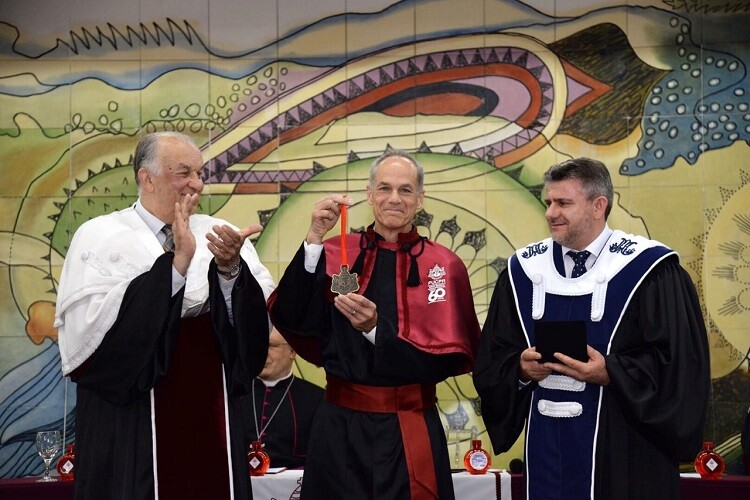 marcelo-gleiser-recebe-medalha-em-homenagem