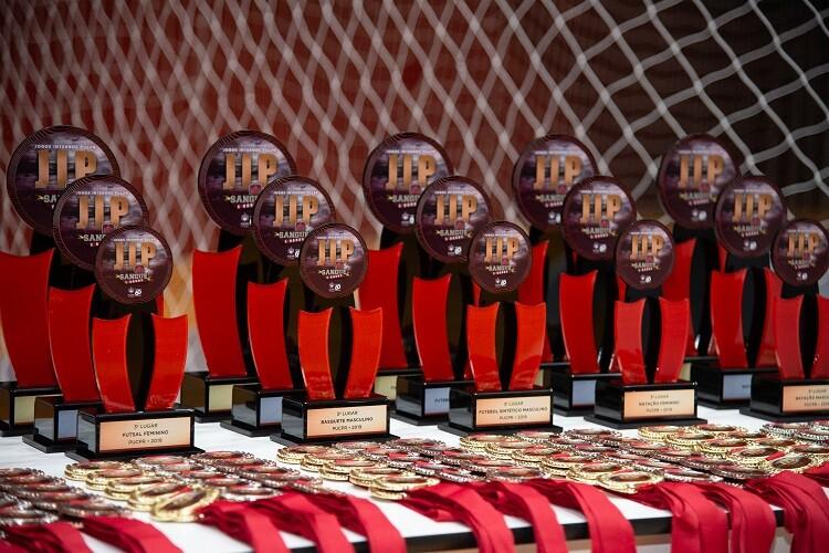 trofeus-e-medalhas-do-jip